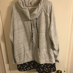 Maurices size 4 pullover